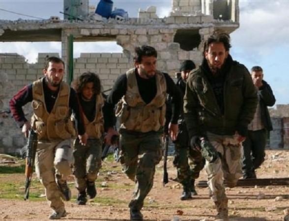 Hàng chục tay súng IS tháo chạy khỏi nhiều vị trí ở Aleppo