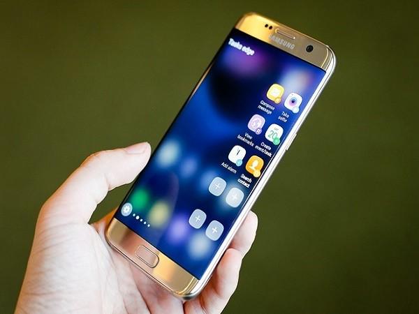 Galaxy S7 và S7 edge trang bị cảm biến chống nước qua cổng USB? ảnh 1