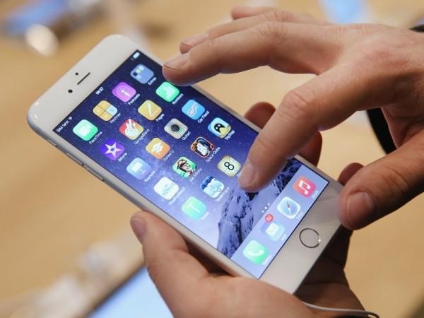 iPhone 7S là thế hệ iPhone màn hình OLED? ảnh 1