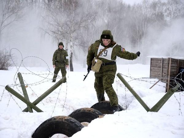 Tất cả các giai đoạn của cuộc thi đều mang kịch bản rõ ràng, có chất lượng ngang với các bài tập huấn luyện quân sự đặc biệt.
