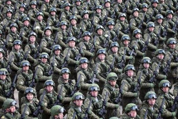 Lực lượng lính dù Nga trong một lần duyệt binh