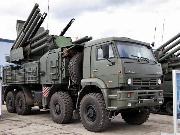 Hệ thống phòng không Pantsir-S được tích hợp trên xe tải