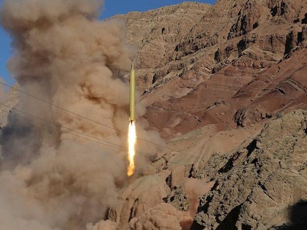 Tên lửa đạn đạo Iran được phóng từ một địa điểm không xác định hôm 9-3-2016