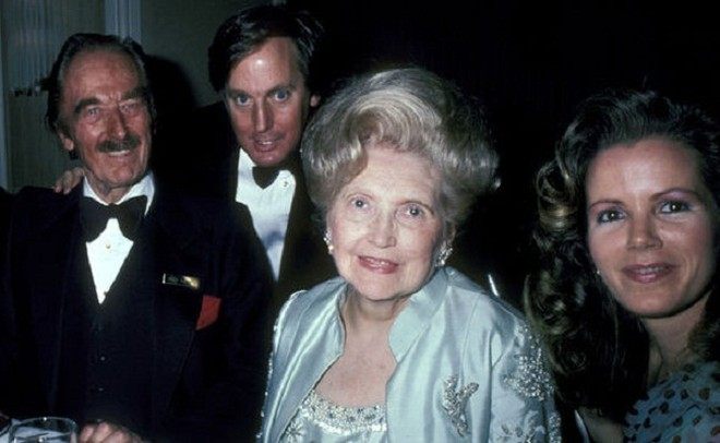 Bà Mary MacLeod (giữa) – mẹ của tỷ phú Donald Trump
