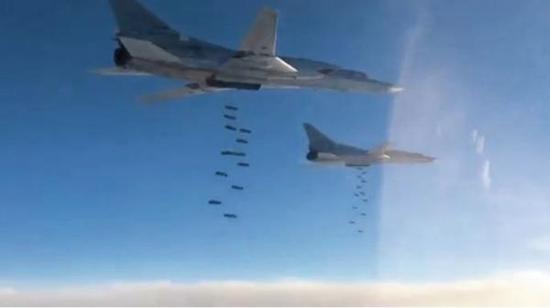 Không quân Nga đã thực hiện 9.000 lần xuất kích tại Syria