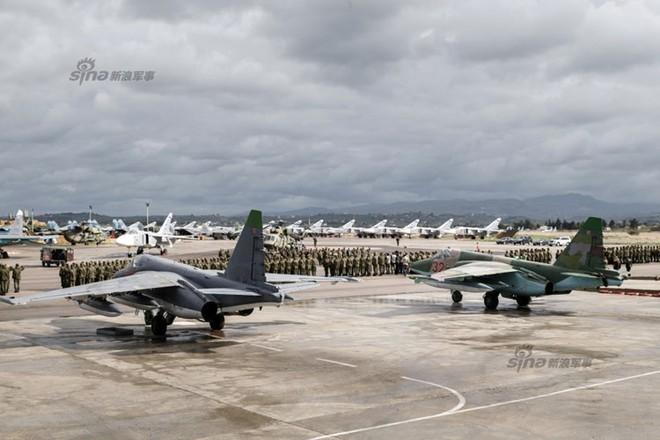 Lực lượng không quân Nga tại một căn cứ ở Syria (ảnh Sina)