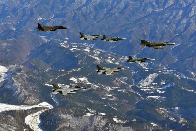 Máy bay Hàn Quốc diễn tập tấn công mục tiêu giả định là cơ sở hạt nhân quân sự của đối phương