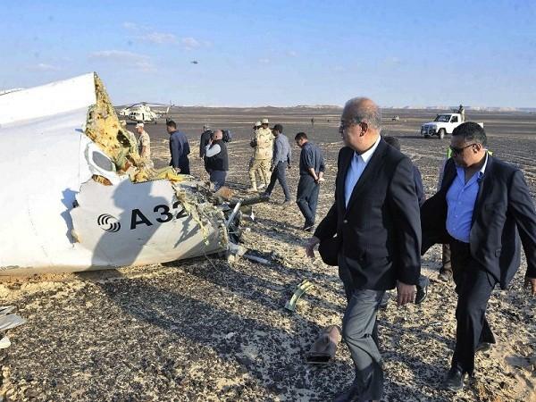 Các lực lượng chức năng có mặt tại hiện trường để tiến hành xử lý một vụ tai nạn máy bay. Ảnh minh họa