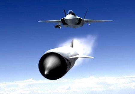 Tên lửa mới sẽ bảo vệ tốt hơn chiến đấu cơ Mỹ trước vũ khí của đối phương