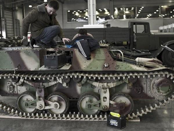 Xe bọc thép hạng nhẹ Lorraine 37L của Pháp