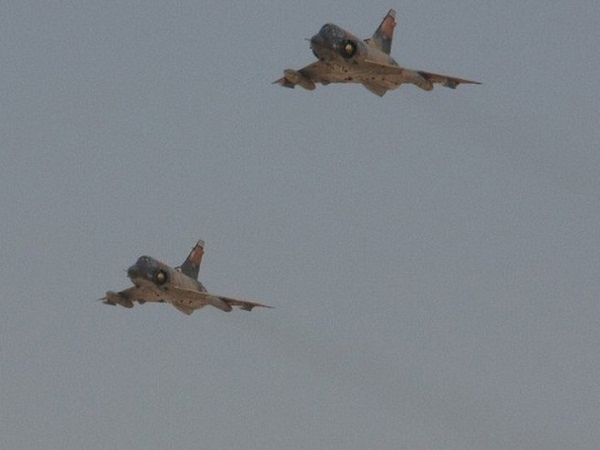 Máy bay chiến đấu của không quân Ai Cập tham gia một chiến dịch chống khủng bố