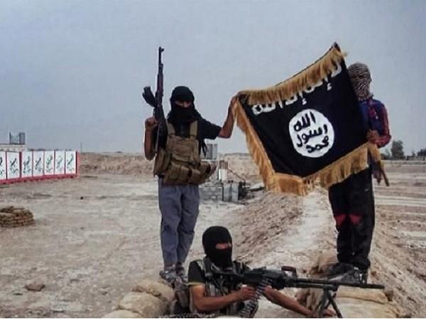 Các tay súng thuộc tổ chức Nhà nước Hồi giáo (IS)
