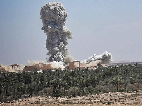 IS đã tàn phá các công trình kiến trúc cổ tại thành phố Palmyra