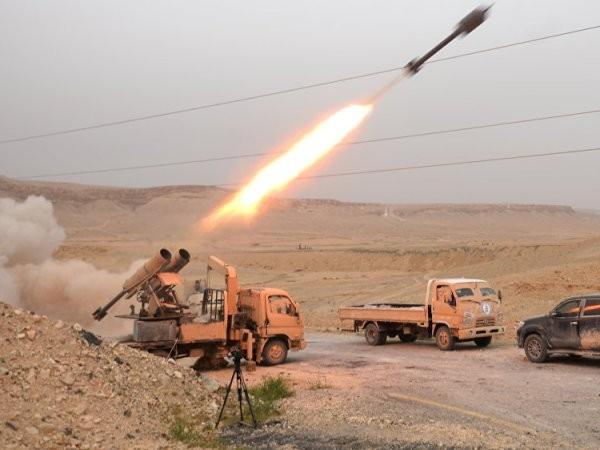 Các cuộc tấn công nhằm vào IS đã được sự hỗ trợ hiệu quả của Lực lượng Không quân vũ trụ Nga. IS không nằm trong danh sách thỏa thuận ngừng bắn ở Syria của Moscow-Washington.