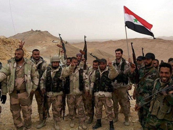 Các binh sĩ Syria đã bắt đầu các hoạt động rà phá bom mìn để loại bỏ chất nổ còn sót lại trong thành phố.