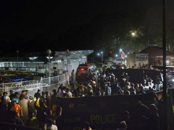Vụ nổ xảy ra gần khu đu quay và cưỡi ngựa dành cho trẻ em