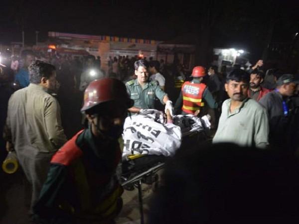 Dịch vụ cấp cứu, chăm sóc cho các nạn nhân ở công viên đã có mặt ngay sau vụ nổ