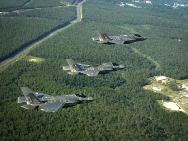 Máy bay F-35A, B, C của Mỹ