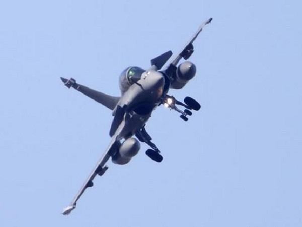 Máy bay chiến đấu Rafale của Pháp