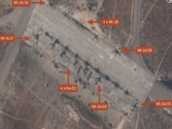 Hình ảnh vệ tinh về trực thăng Nga được triển khai tại căn cứ Al-Shayrat, Syria
