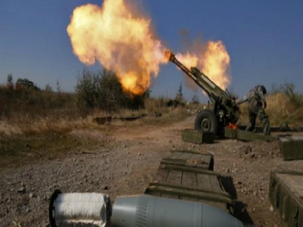 Đụng độ có thể bùng nổ bất cứ lúc nào tại miền đông Ukraine ảnh 1