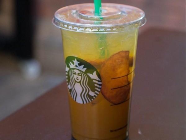 Starbucks bị kiện vì trong đồ uống có quá nhiều đá lạnh ảnh 1