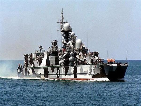 """Tàu đệm khí mang tên lửa dẫn đường lớp """"Bora"""" được chế tạo cho các hoạt động bảo vệ bờ biển. Tàu đệm khí này có khả năng biến thành một thủy phi cơ. Tàu được trang bị 8 tên lửa Mosquito và 20 tên lửa phòng không. Nó cũng là tàu đệm khí mang tên lửa tấn công lớn nhất trên thế giới với tốc độ đạt tới 100km/h."""