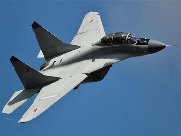 Mikoyan MiG-35 là máy bay chiến đấu đa nhiệm thế hệ 4 ++. Loại máy bay này đạt hiệu quả trong không chiến cũng như nhằm chính xác vào các mục tiêu trên mặt đất, diệt các mục tiêu trên biển. Mig-35 có khả năng đạt tốc độ tối đa 2.400km/h ngay cả khi kích thước lớn hơn 30% so với đời trước.