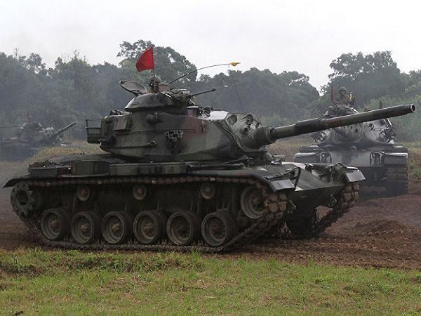 Xe tăng chiến đấu chủ lực M-60 của Đài Loan tham gia một cuộc diễn tập