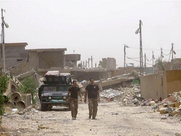 Lính Iraq sau khi tiến vào giải phóng thành phố Fallujah