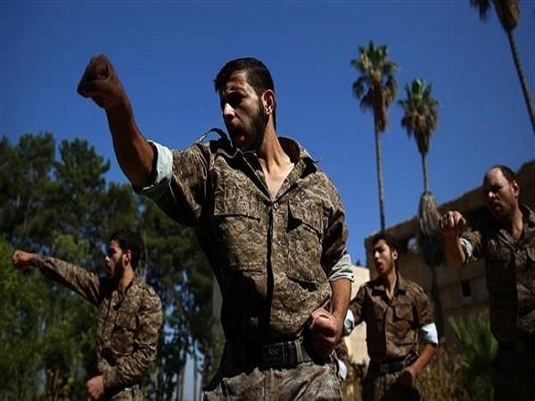 """Mỹ dùng lực lượng """"ôn hòa"""" nhằm lật đổ Tổng thống Syria Assad"""