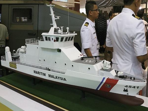 Tàu tuần tra thuộc Cơ quan thực thi pháp luật hàng hải Malaysia