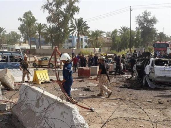 Lại xảy ra đánh bom xe kinh hoàng ở Iraq, hàng chục người thương vong ảnh 1
