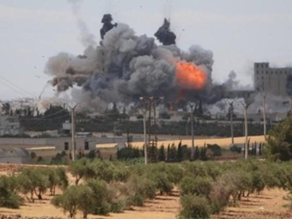 Lực lượng dân chủ Syria giành quyền kiểm soát 70% Manbij từ tay IS ảnh 1