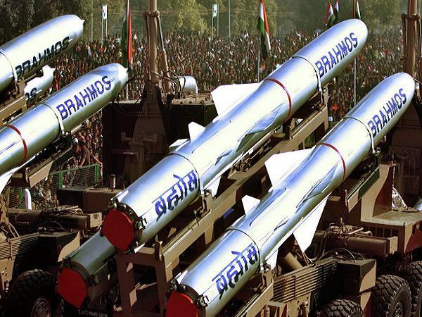 Tên lửa BrahMos do Nga và Ấn Độ hợp tác phát triển