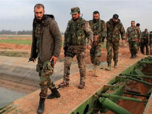 Quân đội Syria và phiến quân đều tăng cường quân trước trận quyết chiến Aleppo ảnh 1