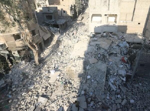 """Anh trai """"cậu bé Syria"""" đã qua đời do trúng không kích ảnh 1"""