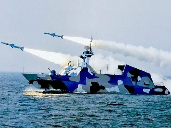 Tàu chiến Trung Quốc diễn tập bắn tên lửa tại biển Đông