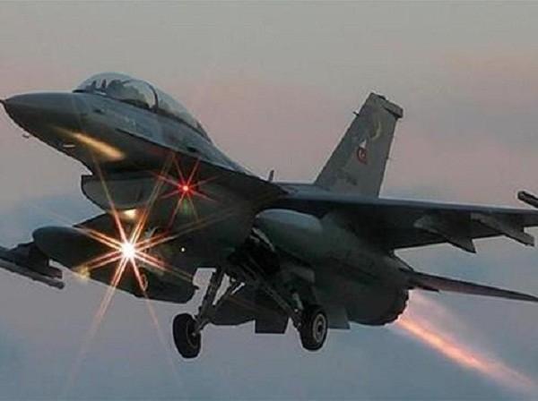 Chiến đấu cơ Ankara dội bom tiêu diệt nhiều chỉ huy cấp cao PKK ở Iraq ảnh 1