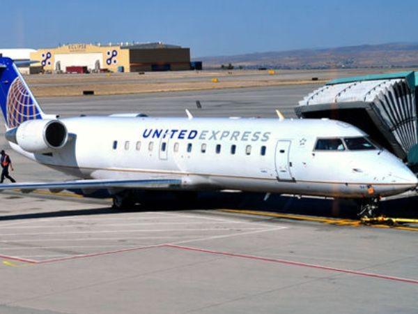 """Anh: Máy bay phải hạ cánh khẩn cấp chỉ vì một hành khách """"quái gở"""" ảnh 1"""