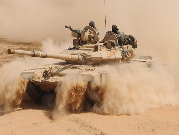 Xe tăng chiến đấu chủ lực T-90 do Nga chế tạo trong biên chế lục quân Ấn Độ