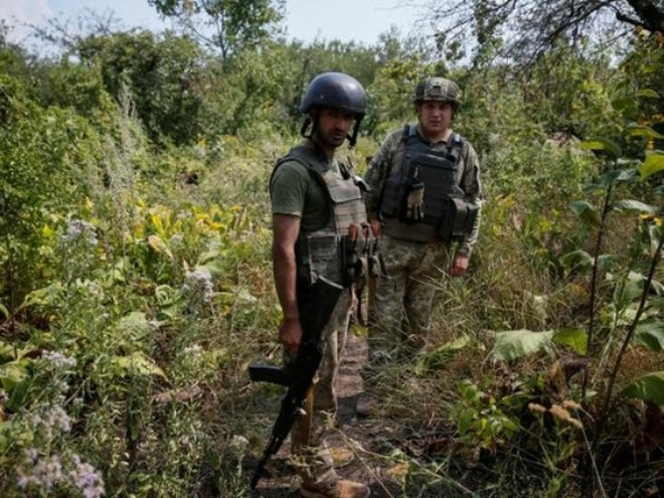 3 binh sĩ Ukraine thiệt mạng trong trận quyết chiến với quân ủng hộ Nga ảnh 1