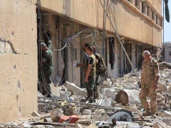 Quân đội Syria tiếp tục giành lại nhiều tòa nhà chiến lược ở Remouseh, Aleppo ảnh 1