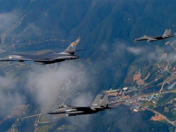 Mỹ, Hàn Quốc tập trận trên bán đảo Triều Tiên, răn đe Bình Nhưỡng ảnh 1
