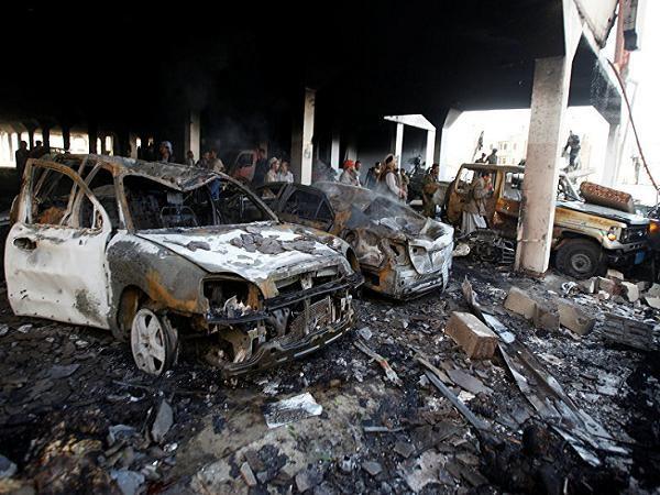 Hiện trường vụ tấn công vào một đám tang tại Yemen hôm 8-10