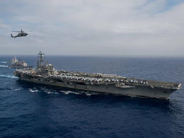 Tàu sân bay hạt nhân USS Ronald Reagan (CVN-76) của hải quân Mỹ