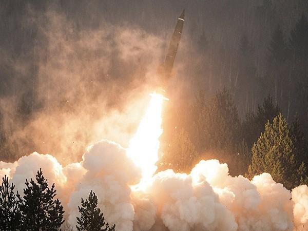 Một vụ phóng tên lửa (Ảnh minh họa)