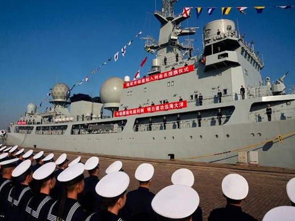 Tàu tình báo Dongdiao được trang bị nhiều ăng-ten hình cầu