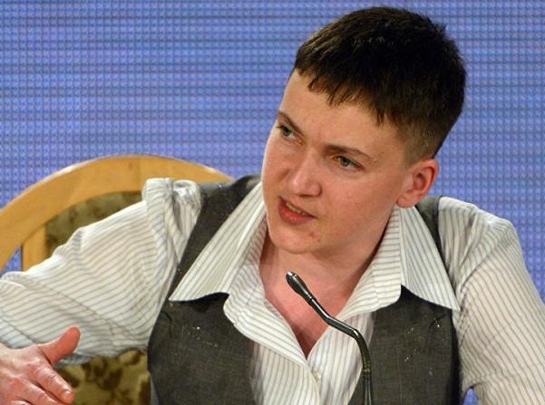Nữ phi công Savchenko gặp 6 tù nhân chiến tranh người Ukraine ở Donbass ảnh 1
