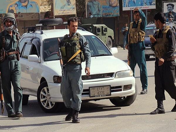 Cảnh sát Afganinstan tuần tra (Ảnh minh họa)